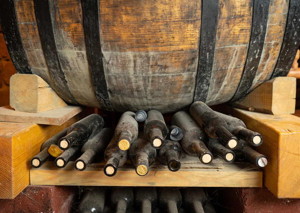 Uzivajte u gastro vinskoj turi za vikend u vinariji Zdolc